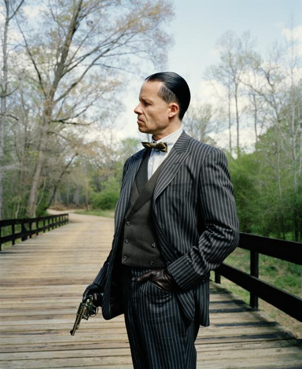 lawless-guy-pearce